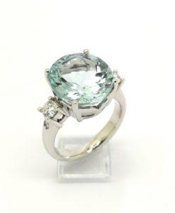 anillo de compromiso anillo de pedida oro blanco diamantes aguamarina fina oval en blasco joyero joyeria en muria