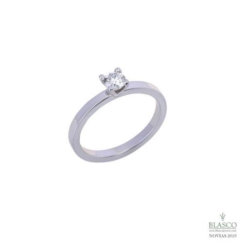 anillo de pedida solitario oro blanco diamante 0,55 quilates en blasco joyero joyeria en murcia