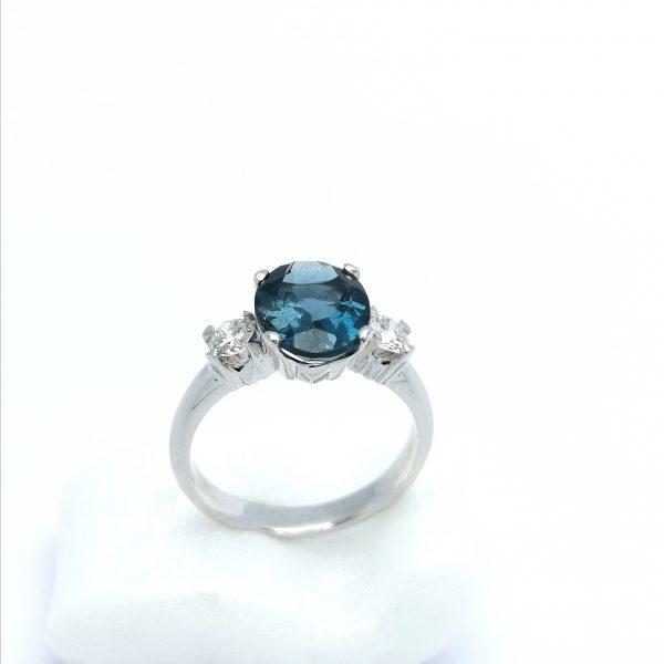 anillo topacio azul london blue diamantes novia pedida joyas region de murcia en blasco joyero taller joyeria en murcia