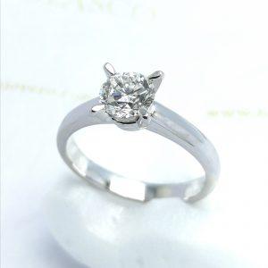 Solitario 1 quilate joyeria en Murcia blasco joyero joyas en Murcia taller de joyeria Blasco diamante un kilate